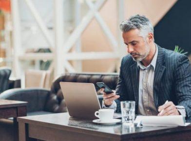 Aprender x trabalhar: seria o OMNI learning o futuro do aprendizado digital?