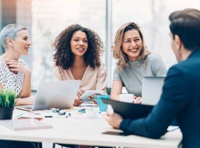 Feedback contínuo na prática: como fazer sua estratégia de gestão com pessoas funcionar