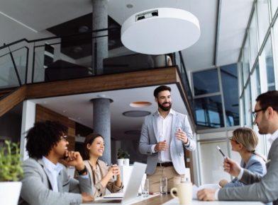 Como a capacitação de lideranças influencia nos resultados do negócio?