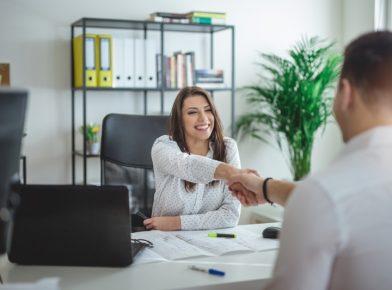 Processo seletivo sem diplomas: por que as empresas estão aderindo?