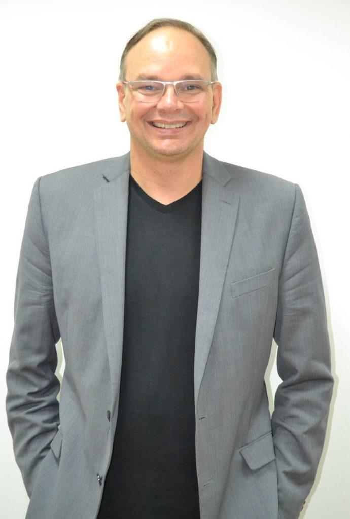 Luciano Meira, Professor e Sócio-Fundador da Caminhos Vida Integral