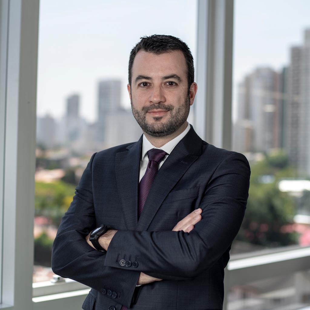 impactos legislação Renato Canizares
