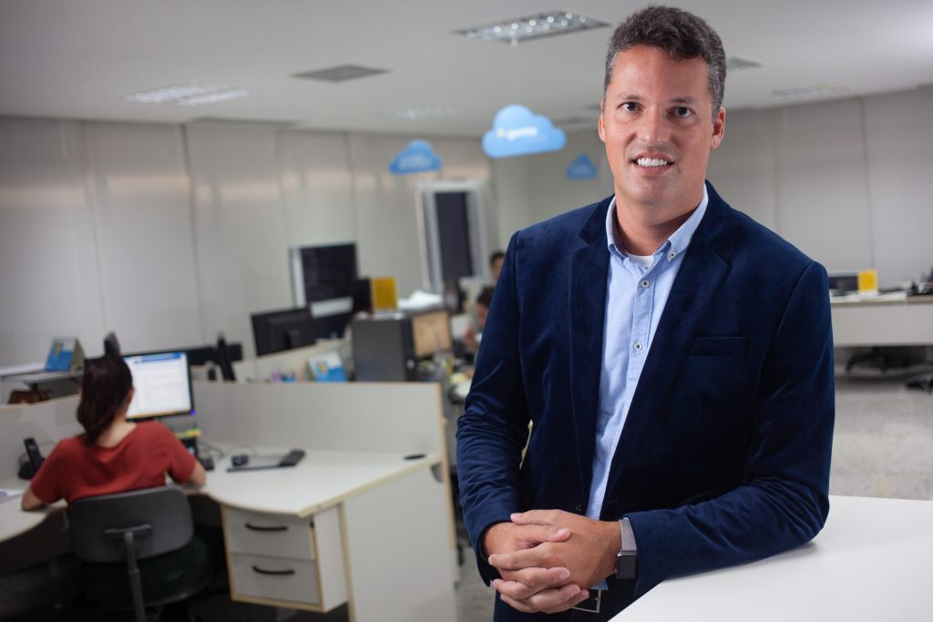 Felipe Azevedo games corporativos