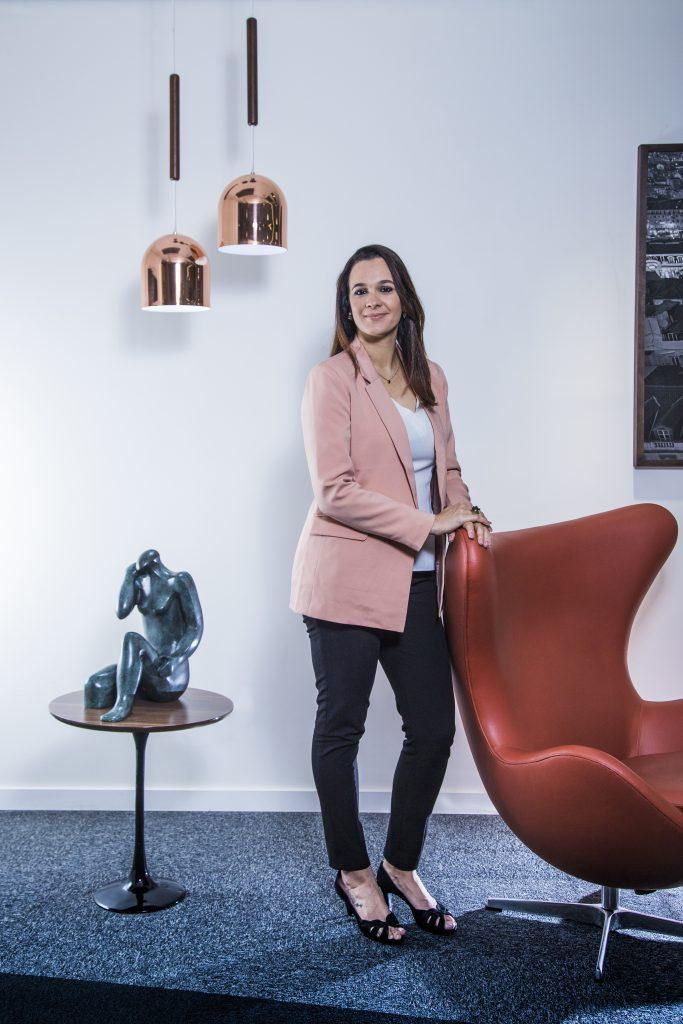 Fernanda Pires gestão humanizada distancia