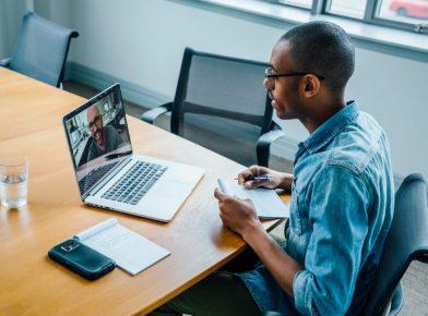 Gestão humanizada à distância: 5 boas práticas que podem inspirar sua empresa