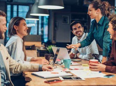 Como aplicar a melhoria contínua na gestão de equipes?