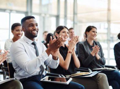 Marca empregadora em tempos de crise: como a certificação GPTW contribui com as empresas
