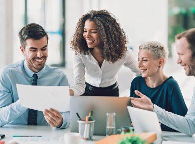 Liderança feminina: 5 conselhos para uma trajetória de sucesso